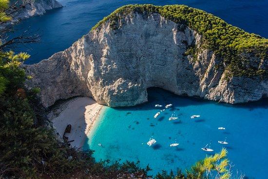 Zakynthos Town, Grecja: Shipwreck Beach / Navagio Beach