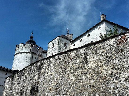 Top-Guide: Крепость Xоензальцбург