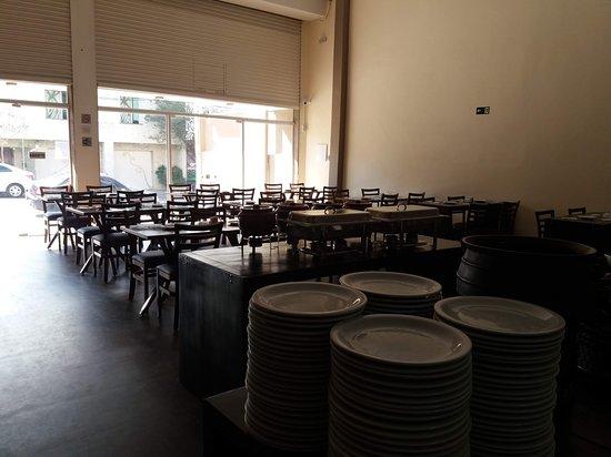 Restaurante Sarava: Estamos agora na rua que virou o novo pólo gastronômico de Guarulhos.