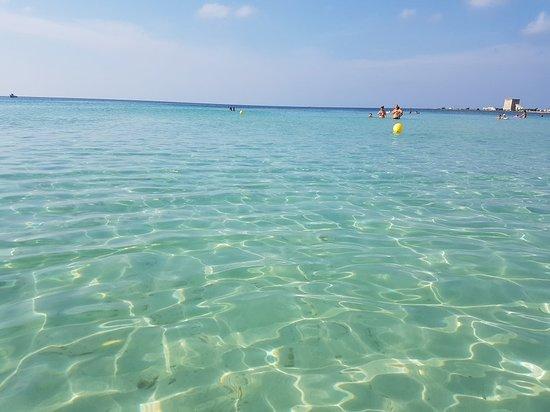 Torre dell'Orso Beach: 20180823_093219_large.jpg