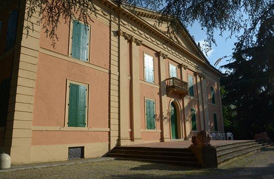 Parco Di Villa De Faveri Tron