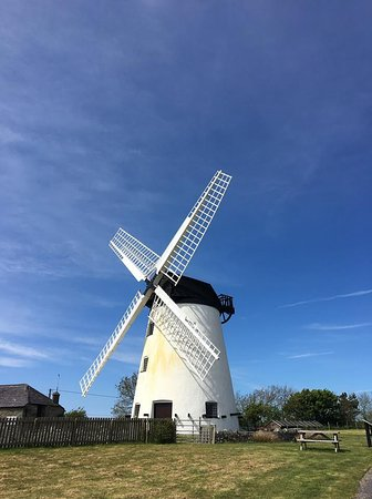 Llanddeusant, UK: The Beautiful Mill