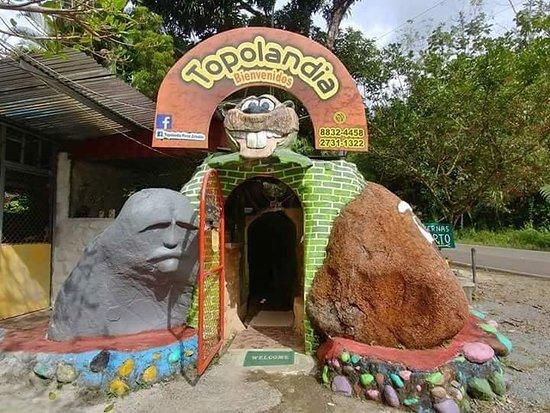 Topolandia Casa Cueva