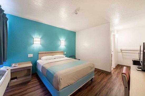 Motel 6 Del Rio: single