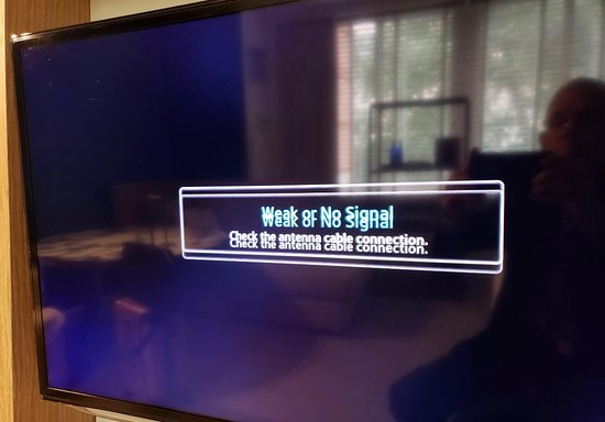 tv screen when tuned to Fox News channel