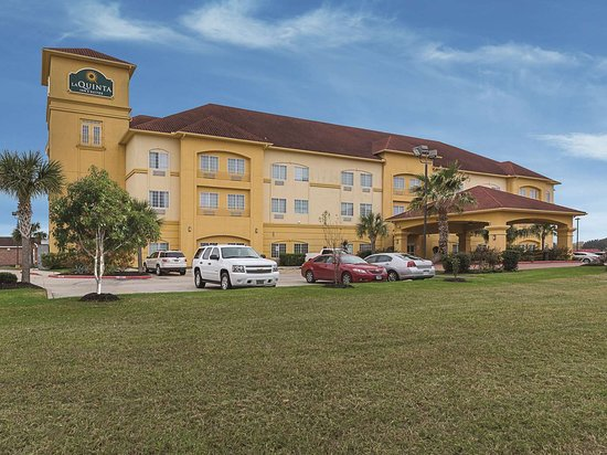 La Quinta Inn & Suites Deer Park: Exterior view