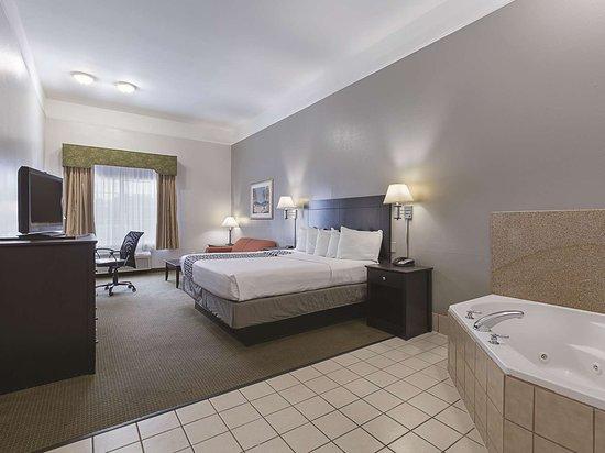 Deer Park, TX: Guest room