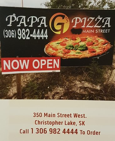 Christopher Lake, Kanada: Pizza By The Slice Available