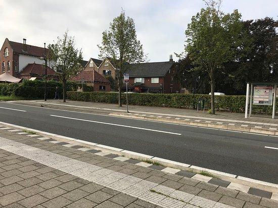 อูดิทอร์น, เนเธอร์แลนด์: Het Spoorhuis from rear.