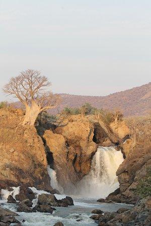 Damaraland, ناميبيا: Epupa Falls Damaraland