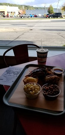 Center Harbor, New Hampshire: 3 way combo w/ chic, pulled pork, ribs, mac'n cheese, baked beans cornbread and fountain drink .