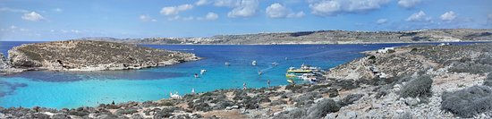 Potret Discover GOZO, Comino, the BLUE LAGOON & Caves