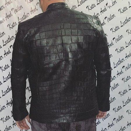 chaqueta - Picture of Kuta Leather And Tailor - TripAdvisor