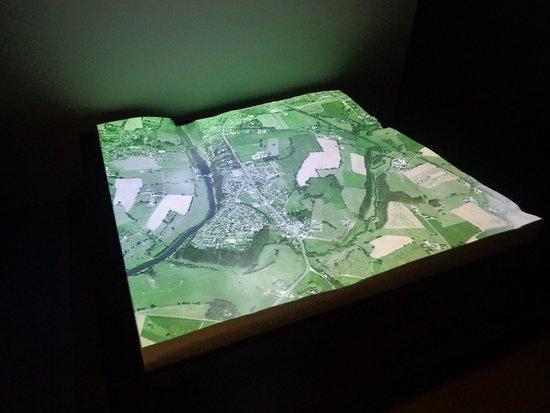 Jublains, Francja: 3D map