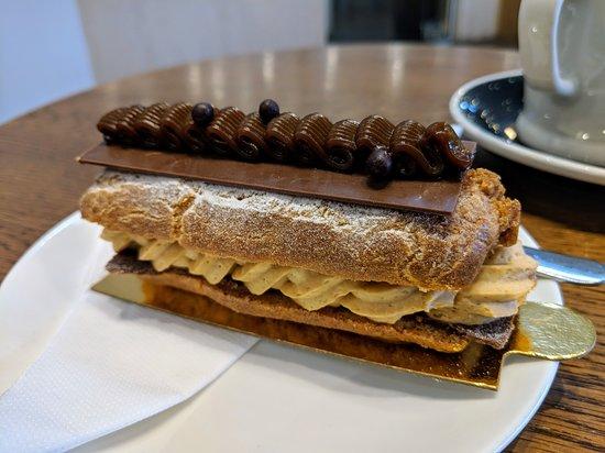 Patagonia Ice Creamery & Chocolaterie: Eclair