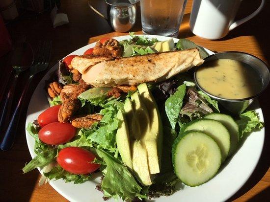 Kelso, WA: Salmon Salad