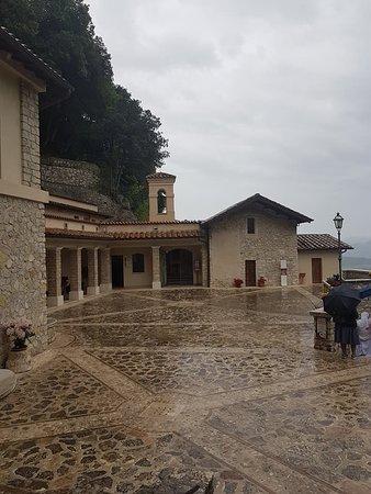 Santuario Francescano del Presepe: Esterno