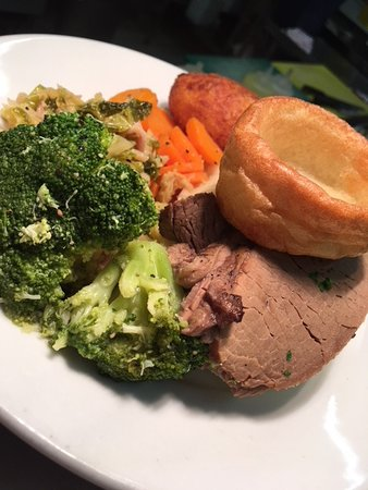 Joe Mac's Bar & Restaurant: Roast Beef
