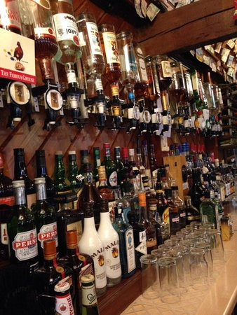 Joe Mac's Bar & Restaurant: Our Bar