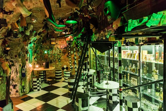‪Green Devil's Absinth Bar & Shop‬