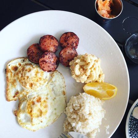 Mahina and Sun's: 朝食。パンも選べます