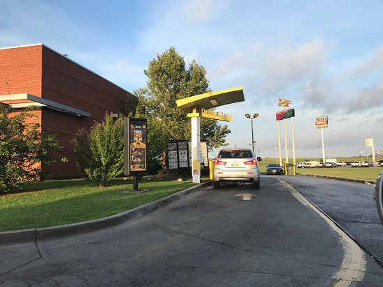Pauls Valley, OK: Drive through ourder