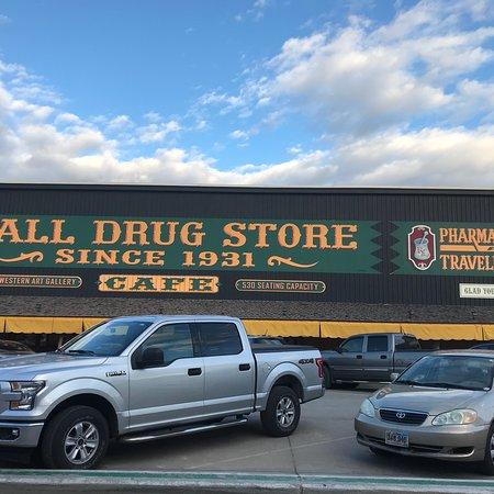 Уолл, Южная Дакота: photo1.jpg