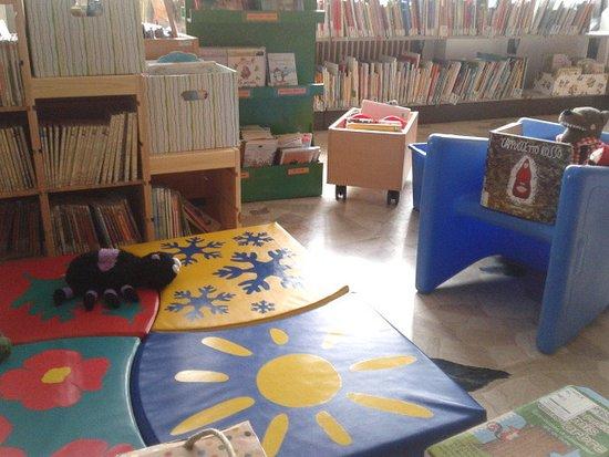 Biblioteca del Villaggio del Sole