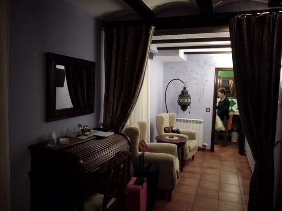 Gea de Albarracin, Spanje: ZONA DE ESTAR Y BAÑO