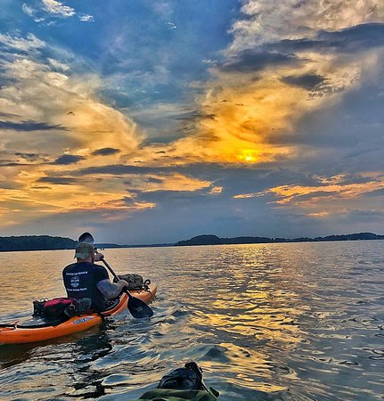 Mooresville Convention and Visitors Bureau: Lake Norman offers watersports such as kayaking and canoeing, and also great sunsets!