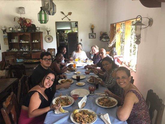 Chichiriviche de la Costa, Βενεζουέλα: El Montero es familia, amigos y mucho más ... trabájamos con el corazón 🌴