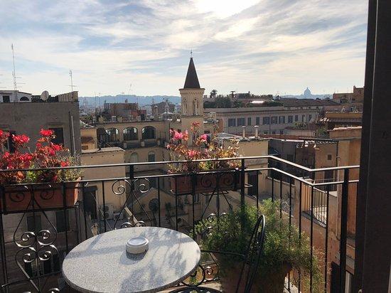 Hotel Modigliani: Room 602