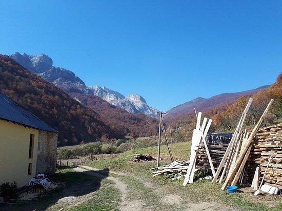 Valbona, Albanien: 20181018_114236_large.jpg