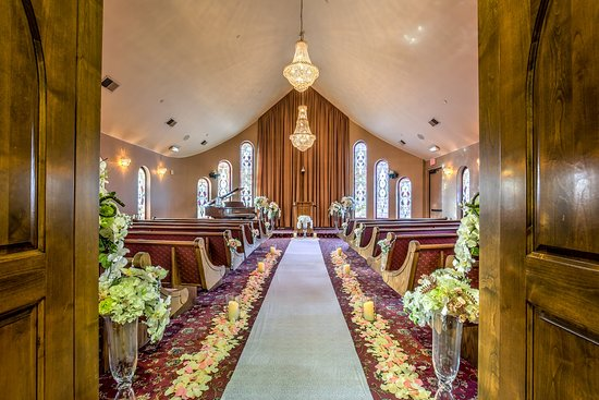The Wedding Chapel.The Wedding Chapel Featuring Swarovski Crystal Chandeliers And