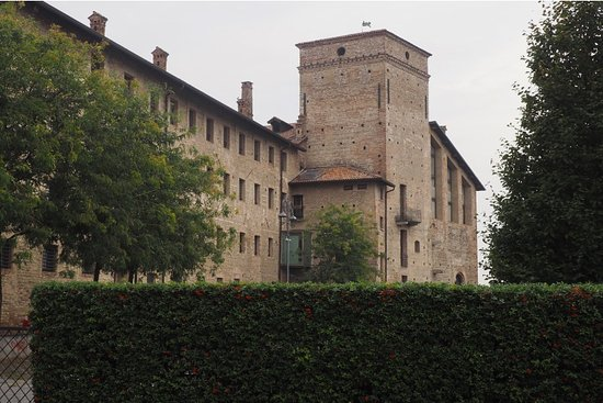 Cassano d'Adda, Italie : Hotel from one side