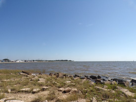 Waveland, MS: shore line