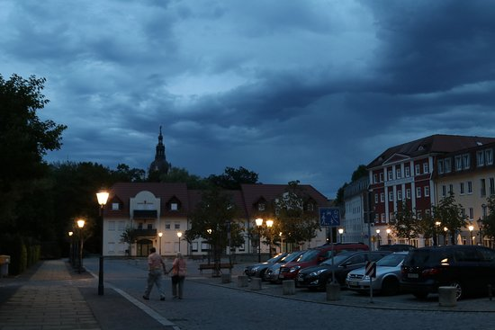Bad Muskau, Duitsland: Центр города, центральная площадь, где расположен ресторан