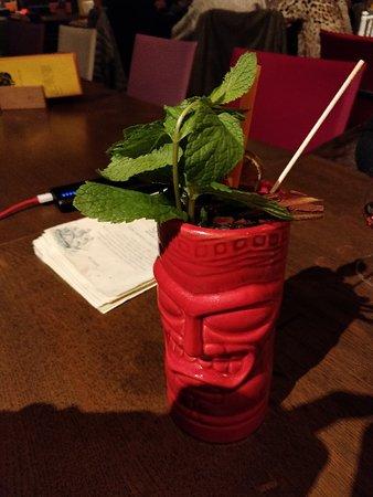 Anzano del Parco, Italië: Due cocktail del Goa. Locale stupendo per bere drink buoni e, volendo, anche mangiare qualcosa d