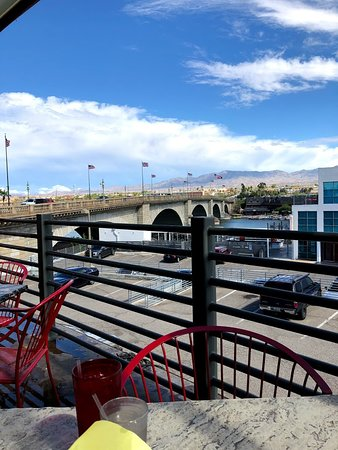 Javelina Cantina: Gorgeous view outdoor seating looking at the London Bridge