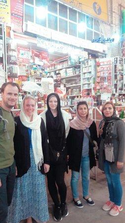 Shiraz Free Tours
