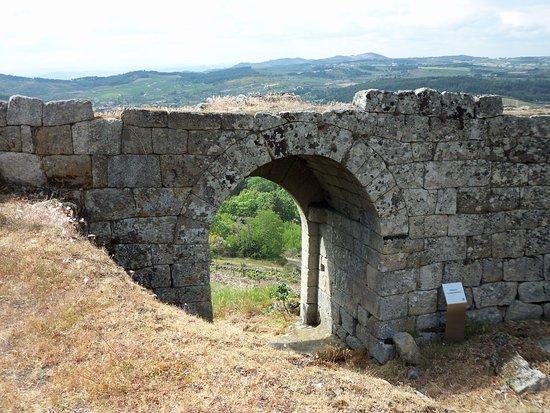 Carrazeda de Ansiaes, Portugal: Porta de S. João Batista