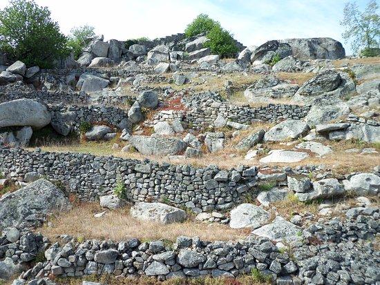 Carrazeda de Ansiaes, Portugal: Antigas Casas do Castelo