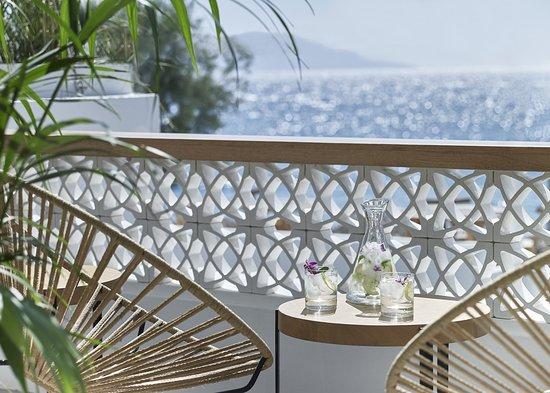 Balcony - Picture of Afroditi Venus Beach Hotel & Spa, Santorini - Tripadvisor