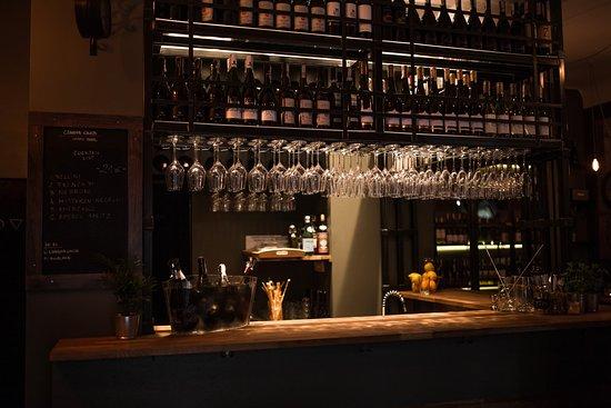 Czarna Owca Wino Bar