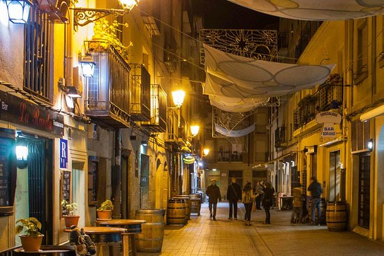 A Pinchos Bar Crawl In A Beautiful Old Town Review Of Calle Del Laurel Logrono Spain Tripadvisor