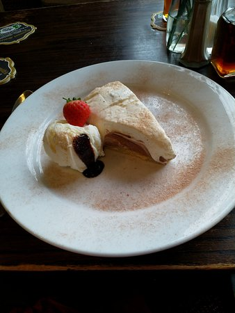 Bishopthorpe, UK: Malteser Cheesecake