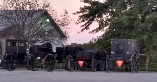 มอนต์กอเมอรี, อินเดียน่า: Amish Buggies Parked