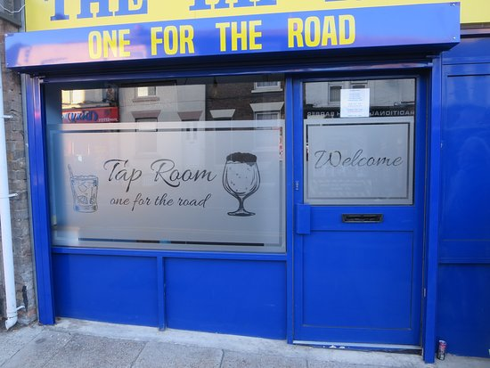 Gillingham, UK: The Tap Room One for the Road