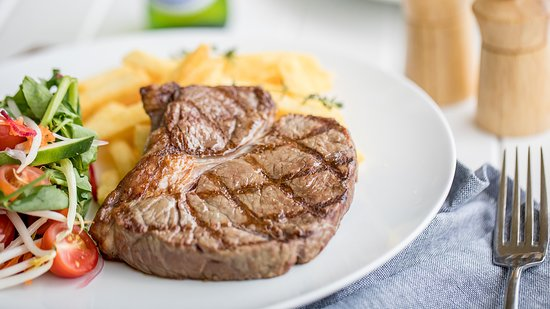 Club Helensvale: Steaks cooked to perfection every time