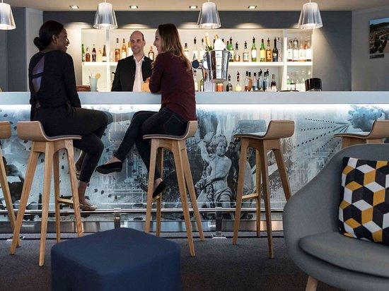 Le Chesnay, France: Bar Lounge